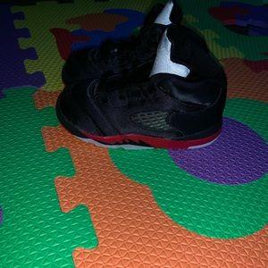 Black & Red Retro Jordan 5 (toddler) SZ 8